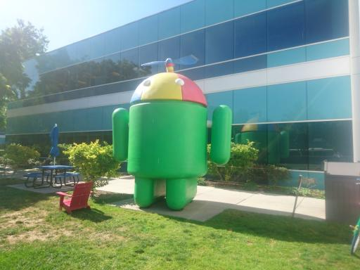 The Android statue that sat outside the correct building. Quite appropriate for today's use.